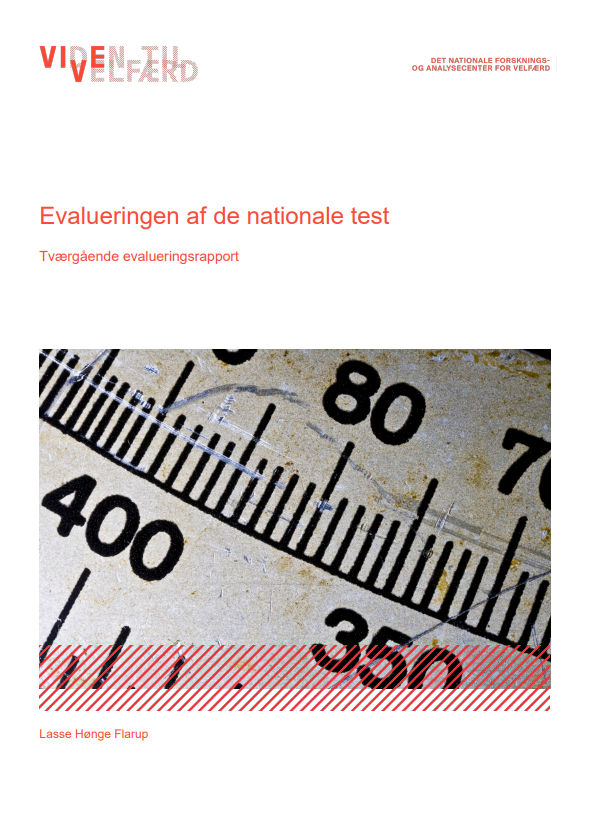 """Forside til publikationen """"Evalueringen af de nationale test"""""""