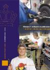 Forside til publikation 'elever i erhvervsuddannelse mellem skole og virksomhed'